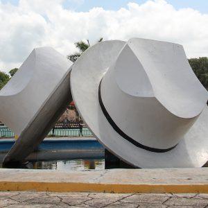 Monumento a los sombreros