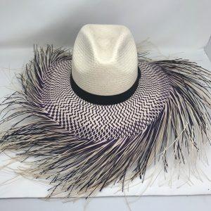 Sombrero Bronco Blanco con Negro Ala Deshilada